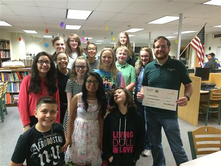 NJHS weld food bank